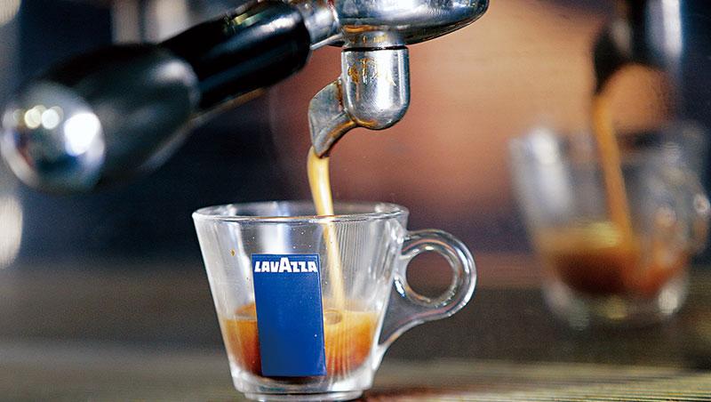 星巴克開進義大利 咖啡界老三加速購併反擊