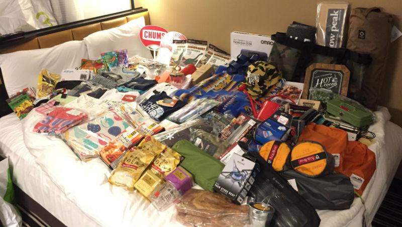 打包行李一定要先放●●!必學8招「省空間行李收納術」,50樣東西都能裝進一個行李箱