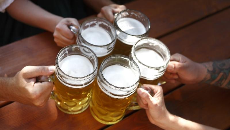 喝啤酒可不是統統「越冰越好」!達人告訴你:喝啤酒一定要知道的4個常識