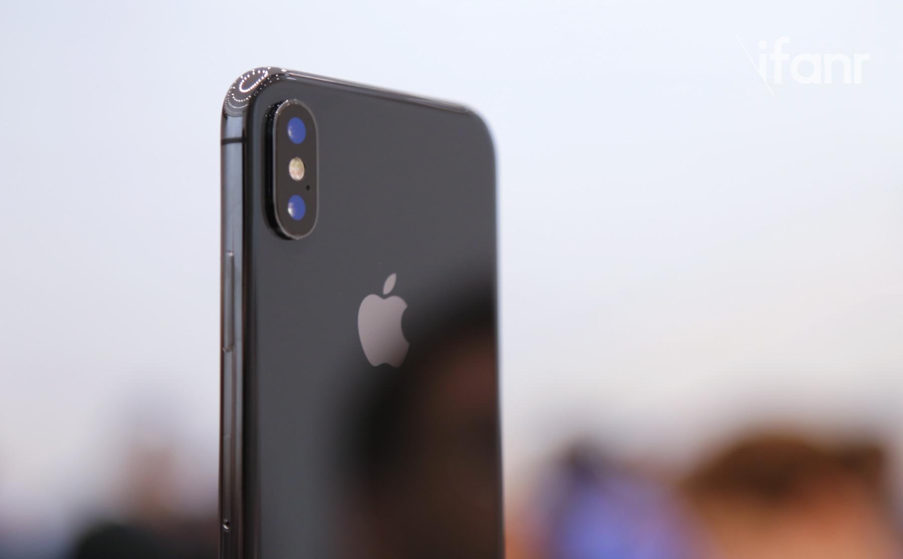 還在猶豫要iPhone X還是iPhone 8?玩過實機的人分享:這功能讓你直奔iPhone X