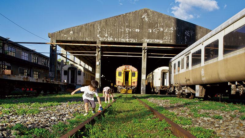封存台灣鐵路技術發展的台北機廠,有望成為亞洲最大鐵道博物館。預計2018年閉關修復,期間只能分區預約參觀。換句話說,下次要完整見到「全區」面貌,至少是6年後了。
