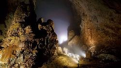 探訪世界最大洞穴,等上一年也值得