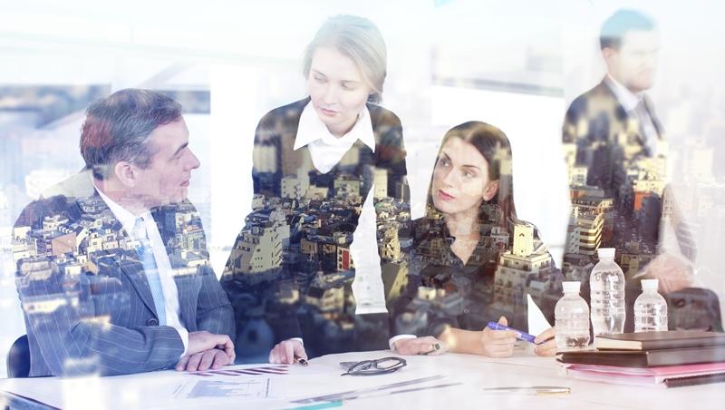 穿衣服除了好不好看、顯不顯瘦,上班族更該注意這件事!專家教你6招穿出「主管相」