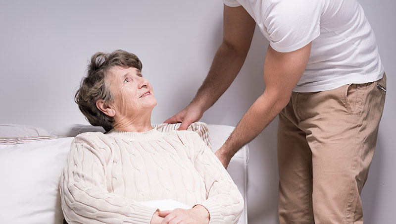 老人其實不想住安養院》無障礙居家設施、打掃送餐服務...政府全買單!荷蘭這樣做,讓獨居老人更開心