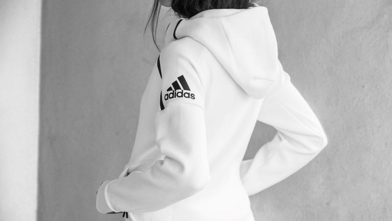 Adidas三箭齊發 Nike龍頭地位不保了?