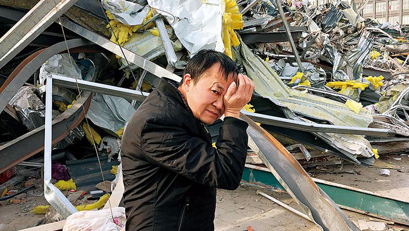 從「北京歡迎你」到「北京驅逐你」,農民工家沒了,心也碎了。