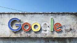 如果有一天Google、Facebook都倒閉了,世界會是什麼樣?這個畫家,畫出科技巨頭的末日