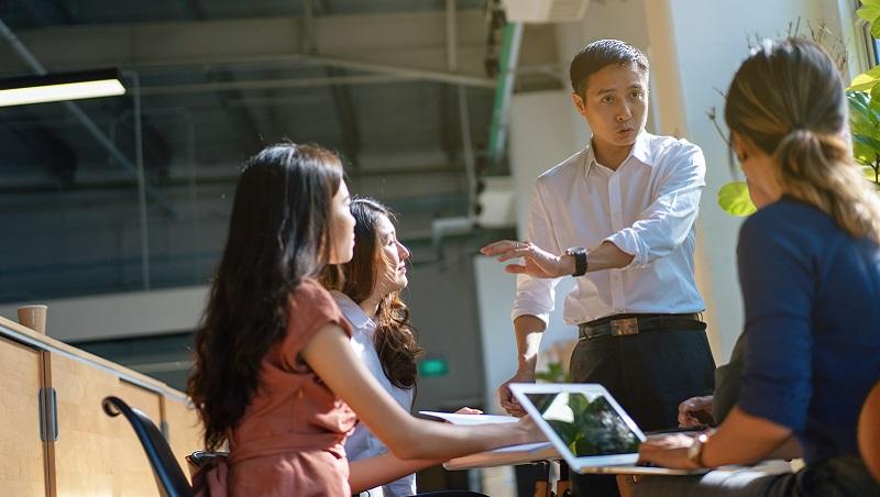 在職場名利兼得,靠的是你的「專業化」程度:這10個專業素養,你具備幾個?