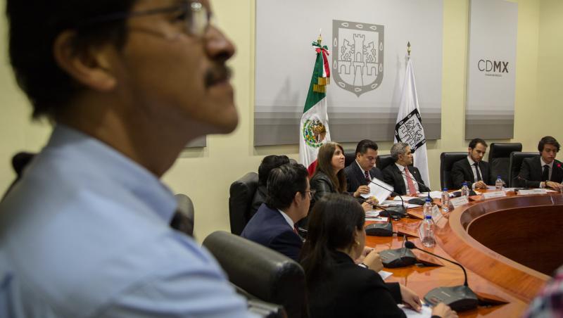 墨西哥市》為28萬公務員示範冒險的「實驗室」