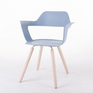 MUSE 沐司_四腳椅/淡藍(木紋腳)