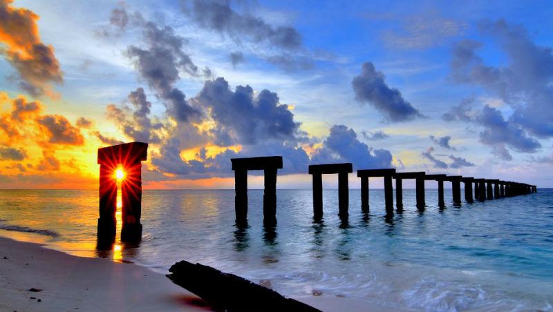 不用出國,台灣就夠美了!岸邊彎腰就看到珊瑚...被遺忘的國境:太平島