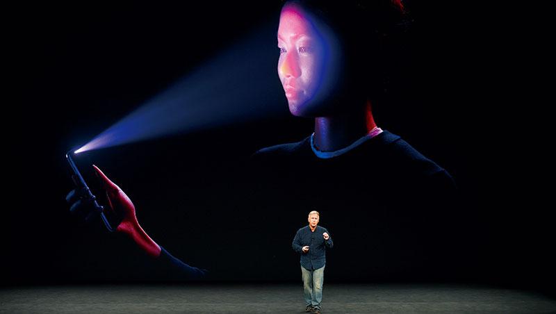 產值三年估增逾8倍》iPhoneX最熱話題,「刷臉時代」解惑6問