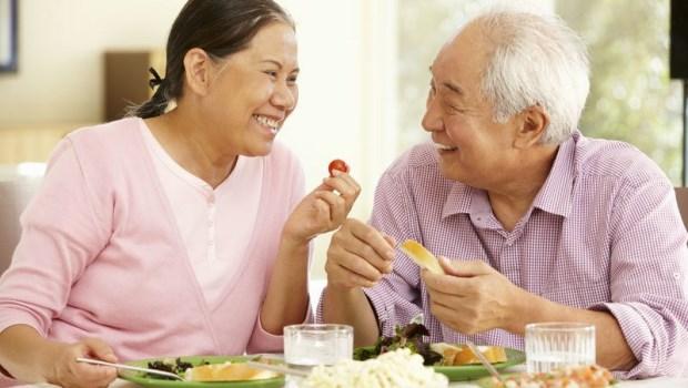 罹癌後,只要正常吃就好?錯!腫瘤科醫師教你「癌後養生術」