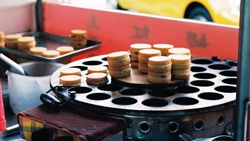 10塊錢紅豆餅...得排隊3小時才買得到!大戶戳破窮人「窮一輩子」的理由