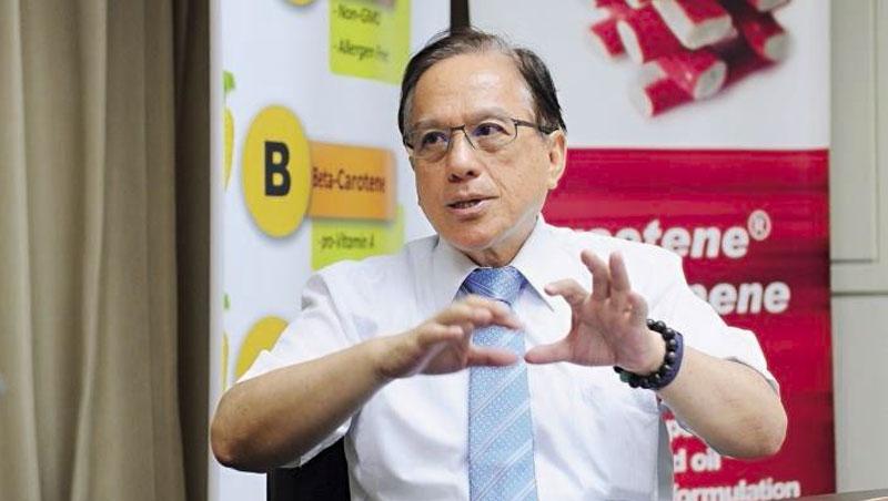 立弘總經理林清輝謙虛的說,要不是前2大廠身陷壟斷法案,立弘也不會突圍成功,除了努力研發,靠的也是機運。