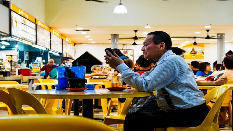 賣咖啡比石油好賺?中國石化開咖啡店,成星巴克、瑞幸的最大敵人?
