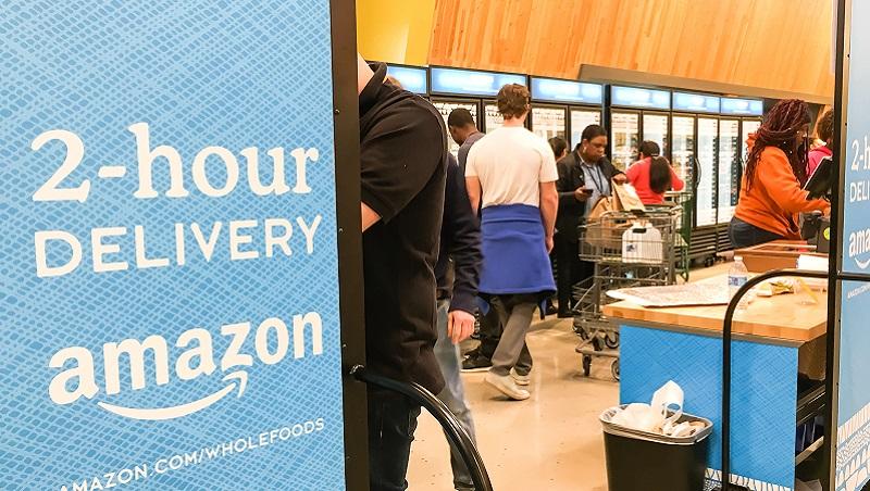 有FedEx,為何Amazon還要發展物流?用「交易成本」決定要外包還是自己做
