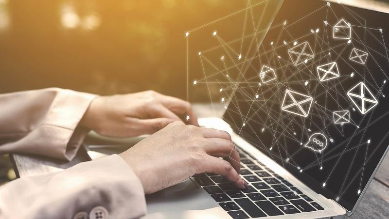 6步驟,拆解複雜內容》簡報email都適用,讓老闆秒懂重點的寫作法