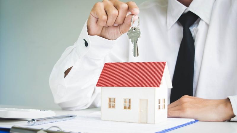 單身婚育租金補貼上路》租屋英文rent、lease用法差在哪,變成二房東怎麼說...