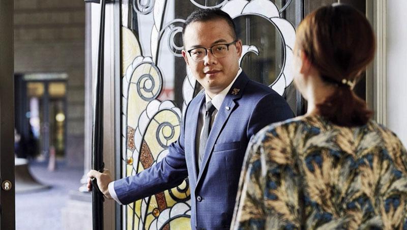 台北文華東方酒店首席禮賓司 李柏翰