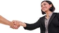 握手2~3秒就夠了!能夠建立信任感的「正確握手法」