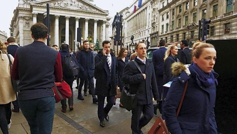 根據麥肯錫報告,零工經濟翻轉勞動市場,影響遍及各行各業,就連高端金融服務也出現外包趨勢。圖為倫敦金融街。