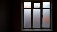 一個人在家死亡...日本「孤獨死」房間清理員,用模型還原震撼現場