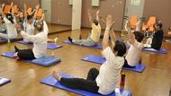 深陷孤獨老人危機的日本退休大叔,為何變健身俱樂部的主要客群?