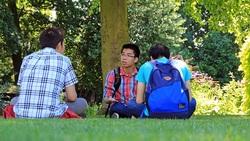 千方百計也要拿到居留權、留在海外!中國留學生「愛國」的背後現實