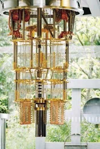 在發展初期,IBM用恆溫器維持量子電腦系統低溫運作。