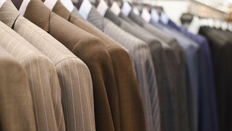 這家西服公司,怎麼做到沒有庫存、價錢還只有競品1/3?