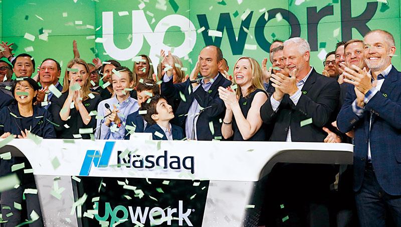 Upwork由兩大零工媒合平台Elance和oDesk合併,是全球最大自由工作者市場之一,去年在紐約上市。