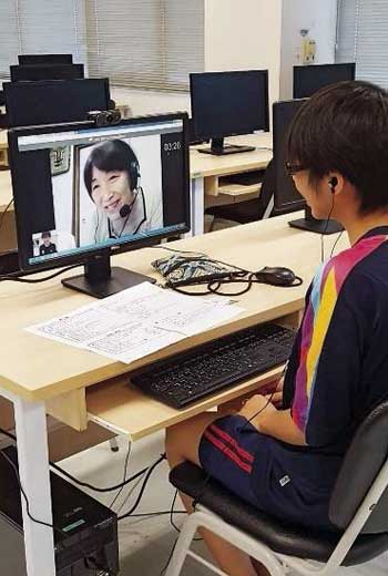 Sail讓銀髮族線上教日文,在養老院仍能體驗國際交流,海外學生最低只花約1美元就能上課。