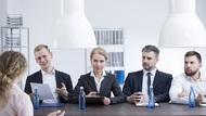 績效面談,最後氣氛總是很尷尬...如何讓員工內心不反彈、主動改進?