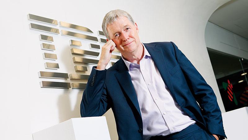 IBM服務和全球諮詢服務資深副總裁 馬克.佛斯特