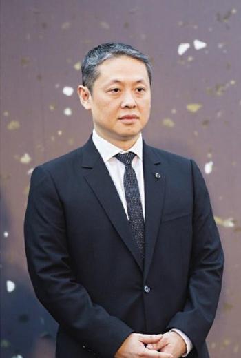 微風集團董事長廖鎮漢在5年內開出4棟獨立百貨,擴張速度堪稱北台灣最快,也引來兩極化評價。