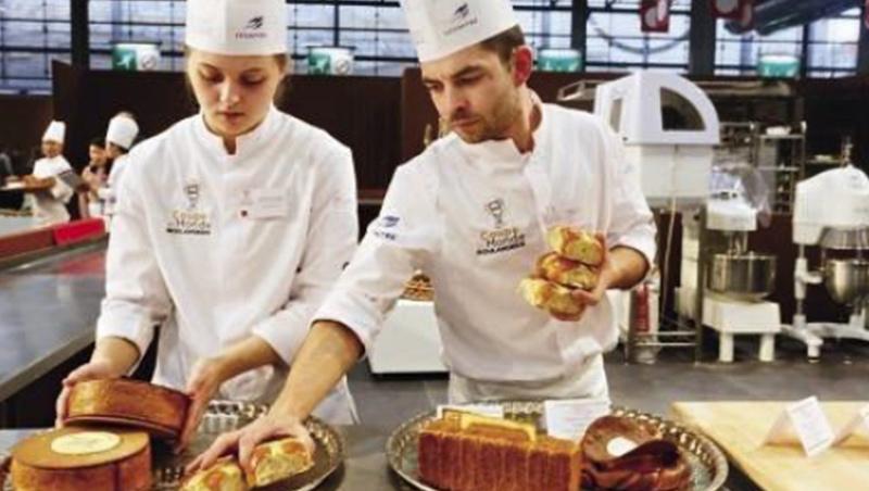 首次闖入前3名的丹麥隊,甜麵包選手由女性擔任。