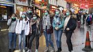 肺炎疫情讓全球唐人街空蕩蕩,但「代購生意」卻在華人社區火了!