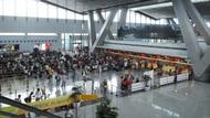 菲律賓深夜下令,將台灣旅客視同中港澳人士禁止入境,上百台旅客滯留機場