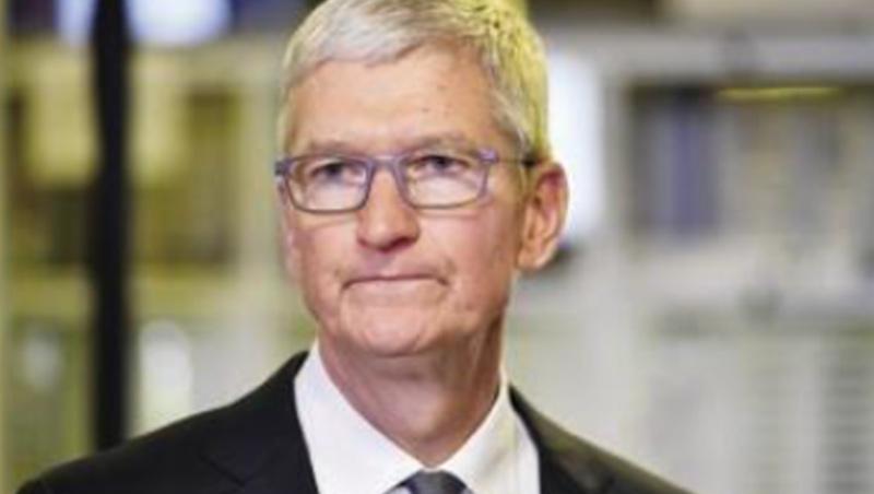蘋果無懼疫情,期間股價逆勢上漲,但卻苦了代工廠鴻海,庫克目前的首要任務,是解決供應鏈斷鏈難題。