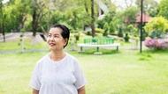 老不是阻力!幫房客刷油漆,70歲阿嬤房東:我能做的事為什麼要請別人?