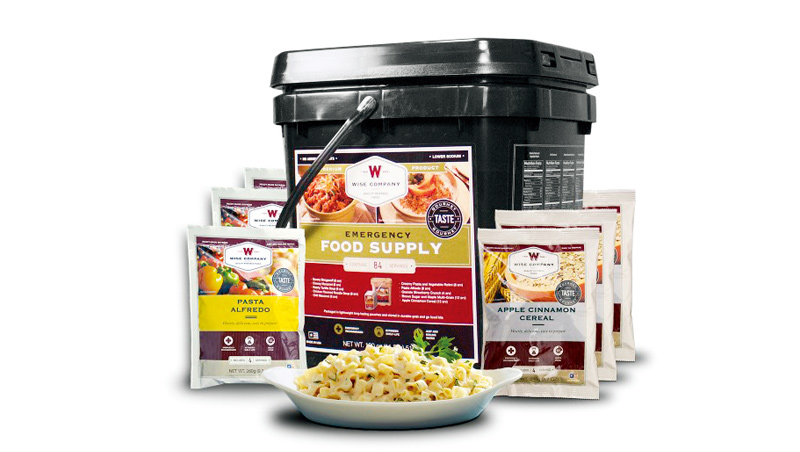 應急食品通常裝在塑膠桶,採用軍用級技術密封包裝,包括義大利麵之類主食、花椰菜和米湯,甚至還有飲料與布丁等。