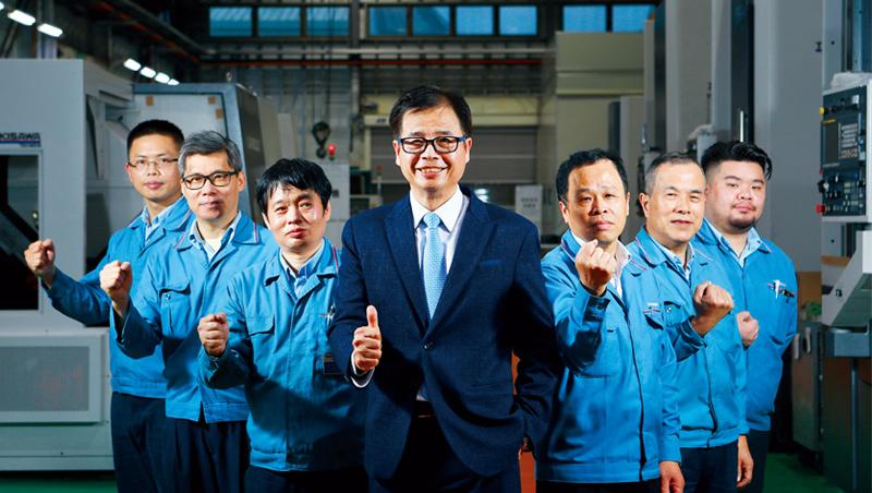 台灣瀧澤總經理戴雲錦派出10位員工參與口罩國家隊,都是公司各領域最強的工程師。
