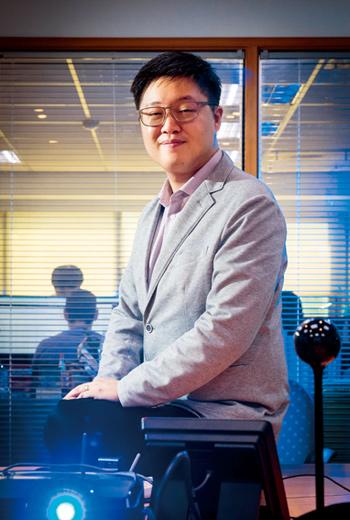 朱維彬有哈佛MBA學位,他第4次創業選定企業遠距管理系統,疫情期間可每日蒐集員工身體狀況,發送給雇主。