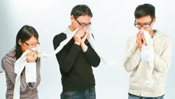 是過敏還是新冠肺炎? 醫師傳授三招教你分辨