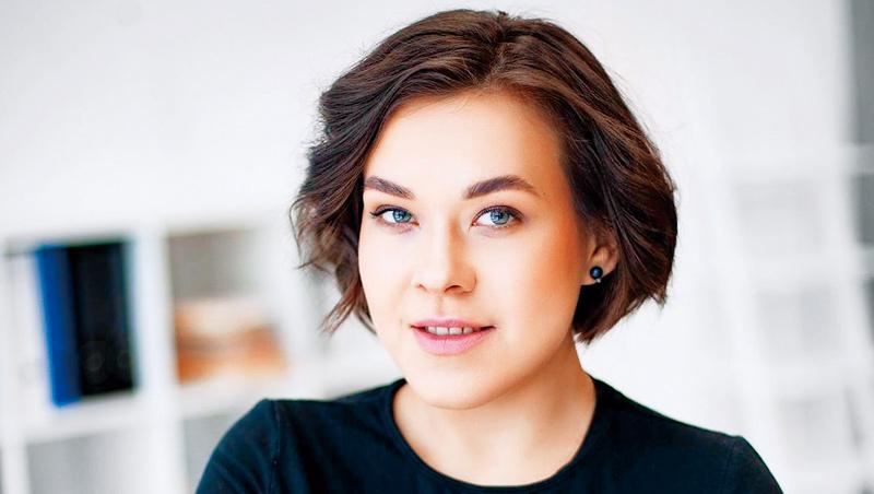 麗帕25歲時參加美國頂尖大學史丹佛管理學程,被全班平均大10歲的眾多前輩勸退,反倒激發她的創業鬥志。