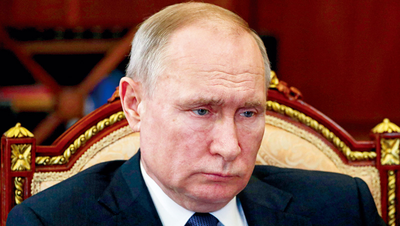 俄羅斯總統普欽傳與川普協商,減產石油,讓油市回穩。