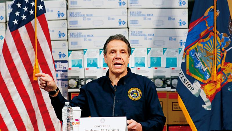 「我每天都關注罹難人數,那是我的責任。」記者會上庫莫積極抗疫,讓影響力從紐約擴散到全美。