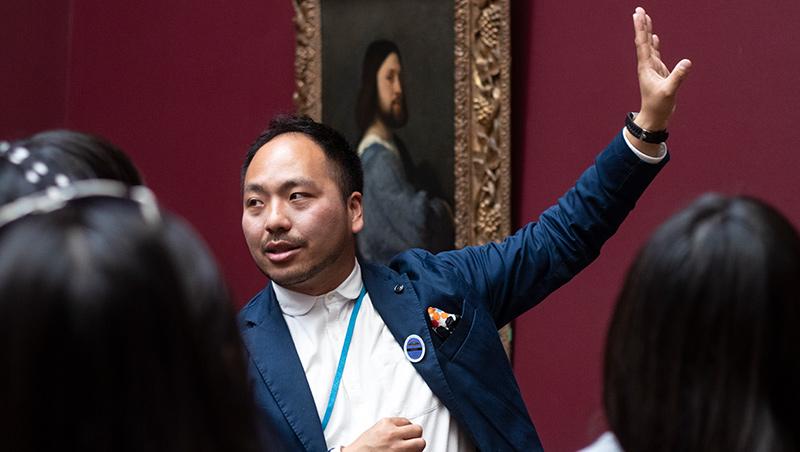 曾在博物館擔任行銷和策展,高嘉良認為藝術並非束之高閣,可以用淺顯易懂的語言介紹給旅客。