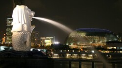 德國之聲》成為下一個亞洲金融中心以前,新加坡要先撐過經濟7%大衰退